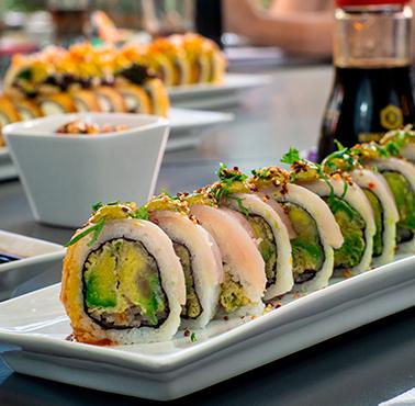 SENZ - PLAZA EGAñA Restaurante - Reserva en restaurantes de Comida JAPONESA - LA REINA - MESA 24/7 | SANTIAGO - Perú