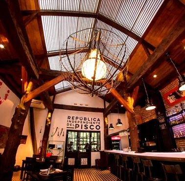 CHIPE LIBRE Restaurante - Reserva en restaurantes de Comida FUSIóN - SANTIAGO CENTRO - MESA 24/7   SANTIAGO - Perú