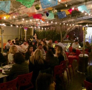 SARITA COLONIA TERRAZA Restaurante - Reserva en restaurantes de Comida FUSIóN - SANTIAGO CENTRO - MESA 24/7   SANTIAGO - Perú